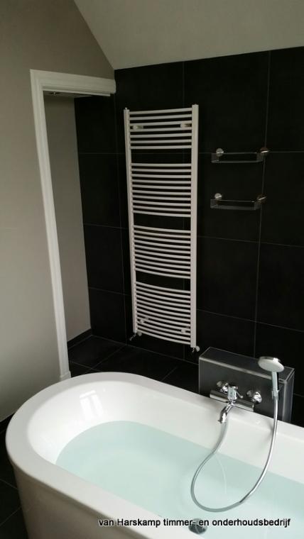 Badkamers - Badkamer met ligbad ...