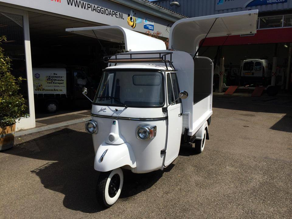 piaggio ape classic vespacar verkoopwagen kaldi vespresso lavazza ape classic fly 400. Black Bedroom Furniture Sets. Home Design Ideas